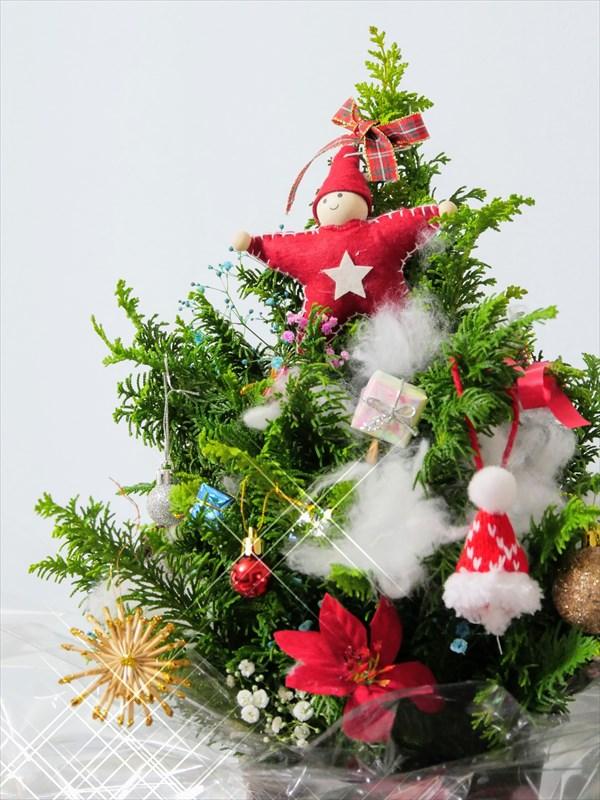 12月ヒバのクリスマスツリー