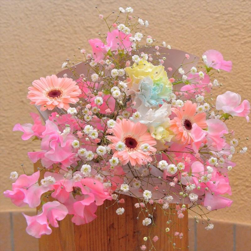 ピンクカラーの花束